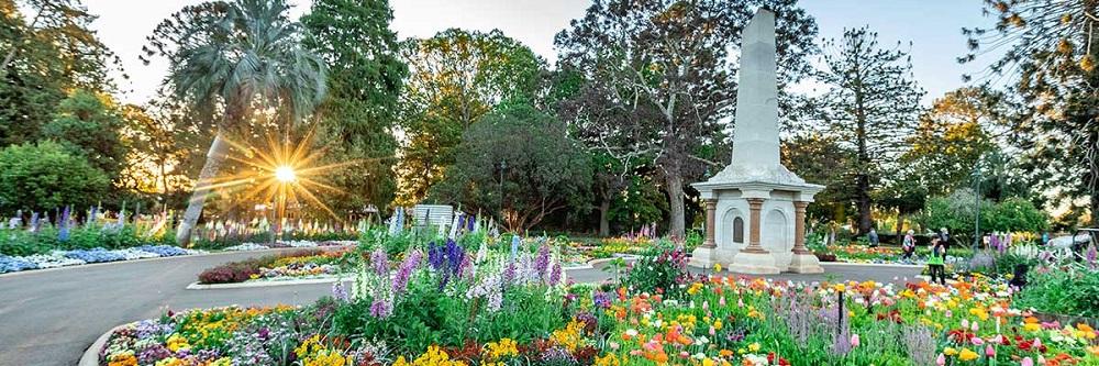 Explore Toowoomba's Queens Park