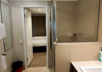 Laguna Apartments Bathroom